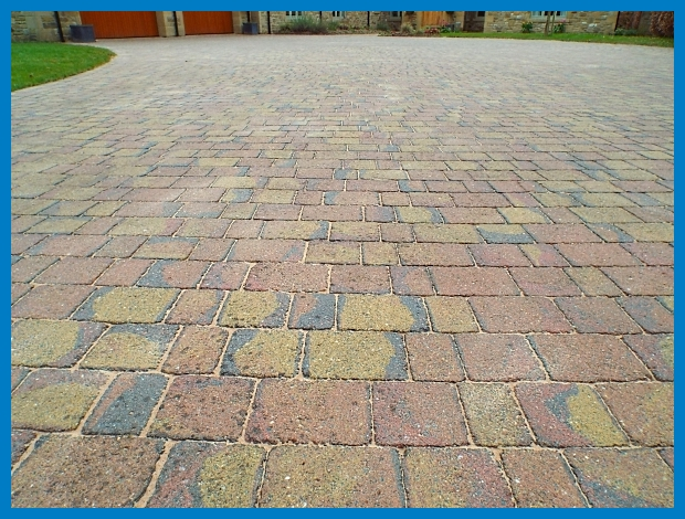 ddRobson's Block Paving After